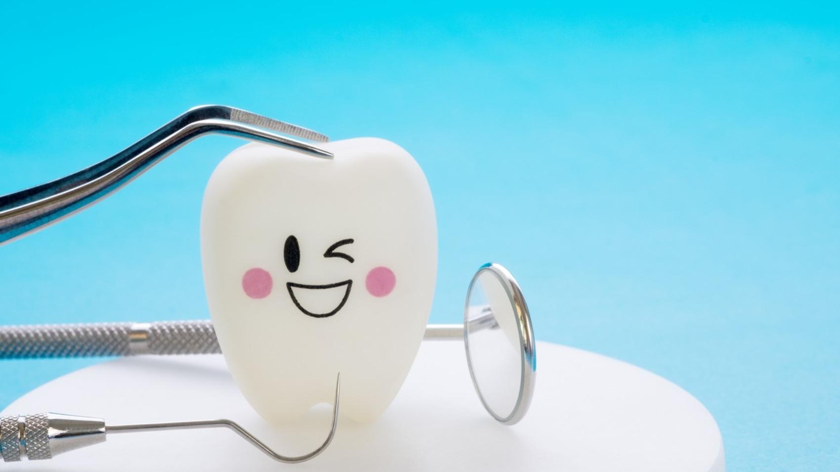 8 พฤติกรรม เสี่ยงฟันผุ เสียวฟัน
